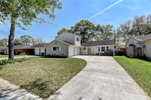 5015 kingfisher drive, houston, TX 77035