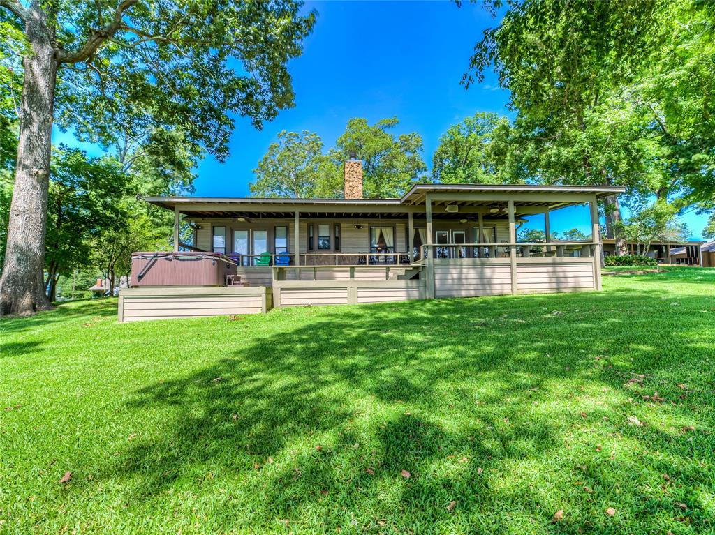 249 7th Ave Avenue, Onalaska, TX 77360