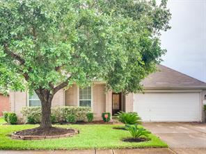 3915 Dogwood Bough Lane, Fresno, TX 77545