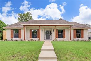 9726 braesmont drive, houston, TX 77096