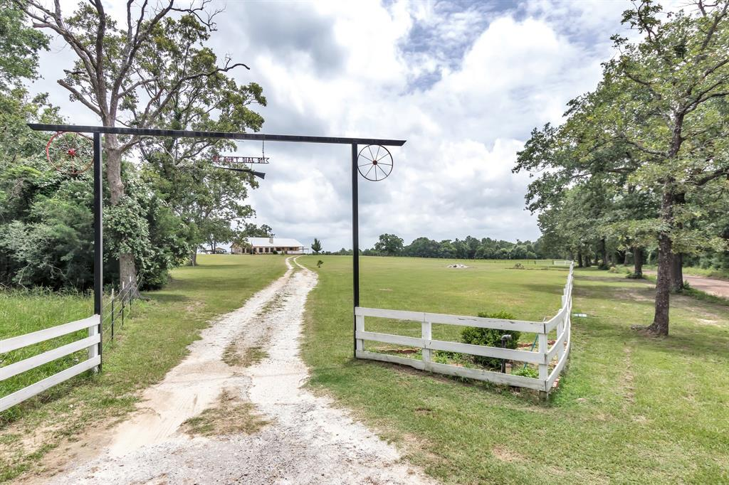 4210 County Road 318, Centerville, TX 75833
