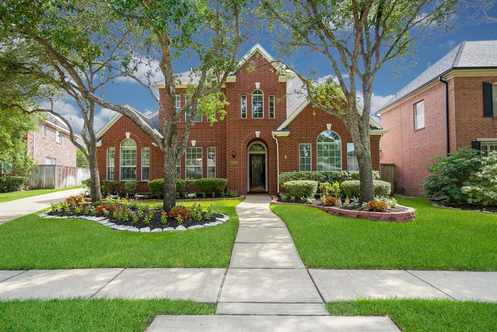 A Must See!! Great home with remodeled master bath & kitchen, replaced AC's, too!! High ceilings, 2 story entry, porcelain tile flooring downstairs, fresh paint, plantation shutters in kitchen & breakfast. Big master suite down with crown molding, dual-head walk-in shower, easy close cabinets, surround lighting, dual closets. Huge granite island kitchen, gas cooktop, leads to the big laundry with new cabinets & powder room with marble vanity. Granite fireplace surround in family room, built-in entertainment center, surround sound speakers built-in will stay. Covered patio w/outdoor kitchen is a joy to jump out of your pool & chow down!! So many updates, ready for move-in. 4 bedrooms plus study, 3 1/2 baths, 3 car garage, pool, outdoor kitchen!  Beautifully landscaped plus sprinkler system, roof 2016, 3 bedrooms & 2 baths up, solar screens, energy-efficient windows, cul-de-sac, pool storage behind garage, you need to see!!  Great schools, great activity center.