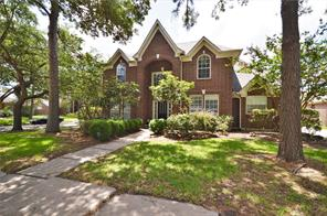 2214 Fairwater Park Drive, League City, TX 77573