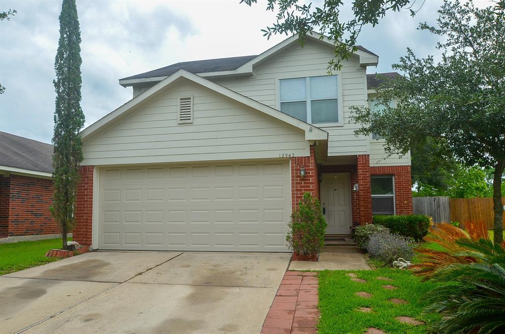 12943 Chrysanthemum Drive, Houston, TX 77085