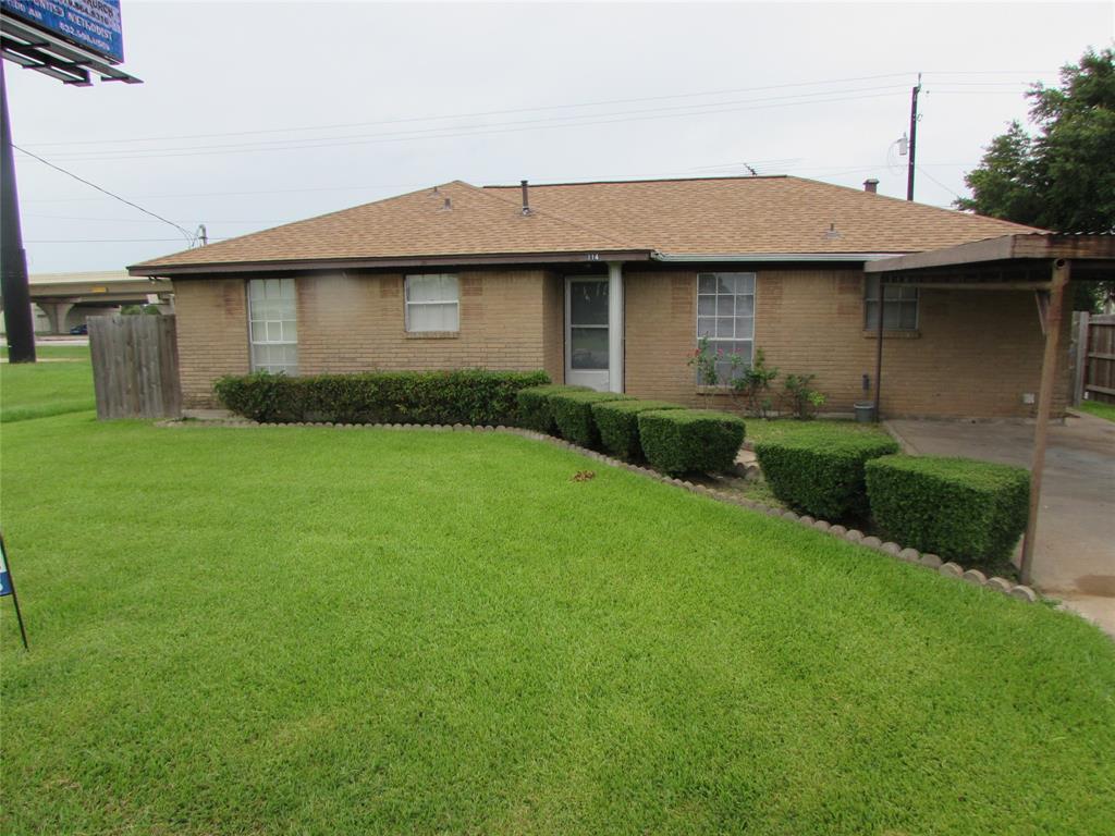 114 Charlie Roberts Road, Kendleton, TX 77451