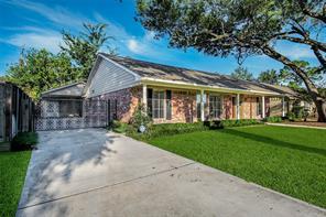 1707 Briarmead Drive, Houston, TX 77057