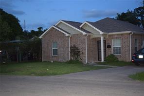 1010 e hedrick street, houston, TX 77011