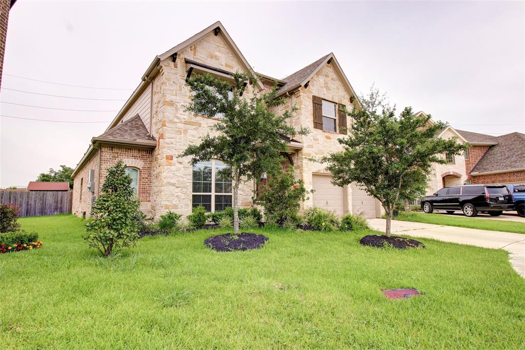 3818 Grand Promenade Lane, Stafford, TX 77477