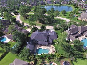 13607 Lakehills View Circle, Cypress, TX 77429