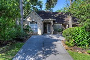 27 Woodmere Place, The Woodlands, TX 77381