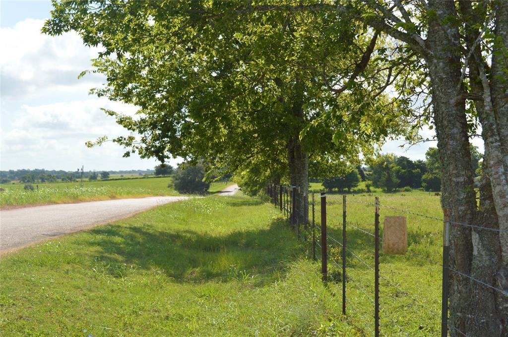1102 San Felipe Road, Fayetteville, TX 78940