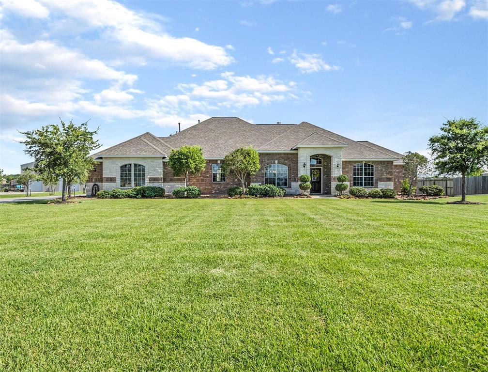 4911 Landon Lane, Baytown, TX 77523