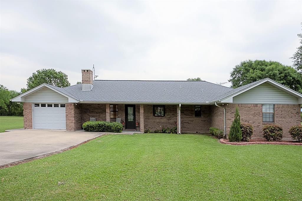 210 Glenn Lane, Winnie, TX 77665