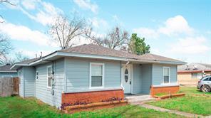2411 leffingwell street, houston, TX 77026