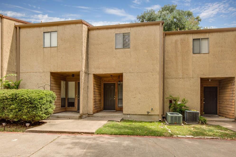 4345 Carter Creek 11, Bryan, TX 77802
