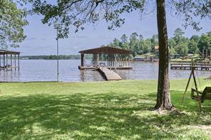 729 Lake Shore