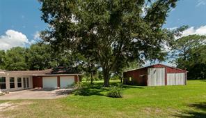 1997 County Road 145, Alvin TX 77511