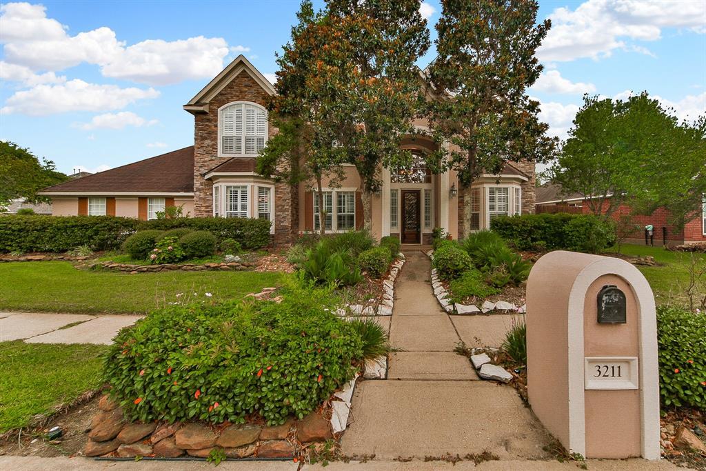 3211 Wilshire Lane, Baytown, TX 77521