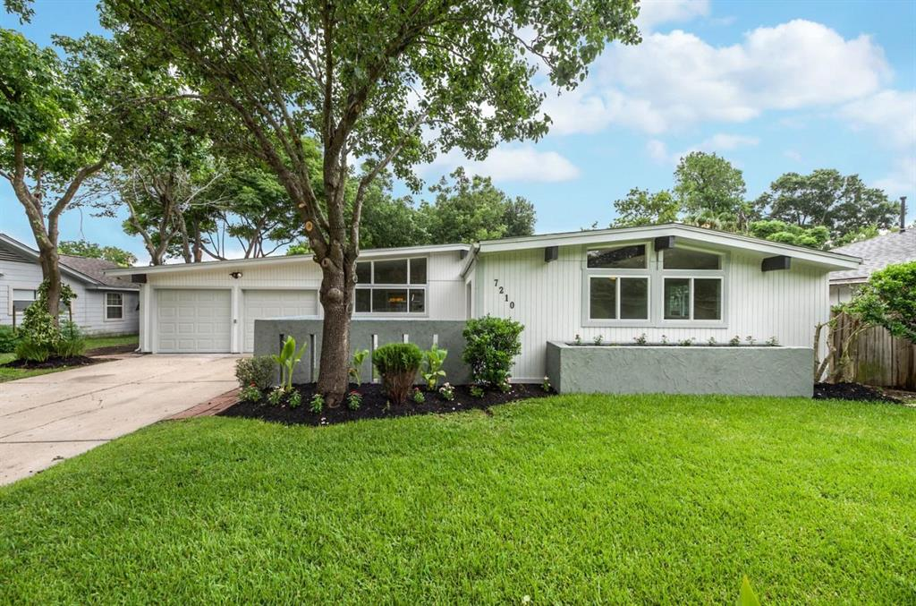 7210 Edgemoor Drive, Houston, TX 77074