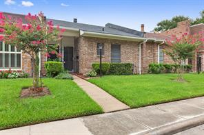 4430 Basswood, Bellaire, TX, 77401