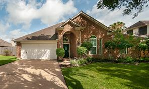 3806 Sunset Meadows Drive, Pearland, TX 77581