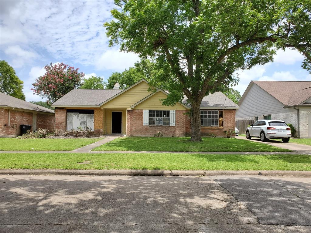 12130 Longbrook Drive, Houston, TX 77099