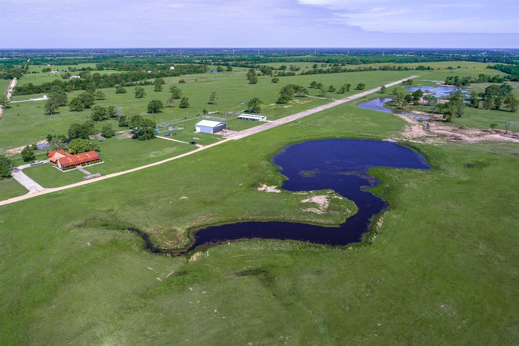 2700 County Road 123, Bedias, TX 77831