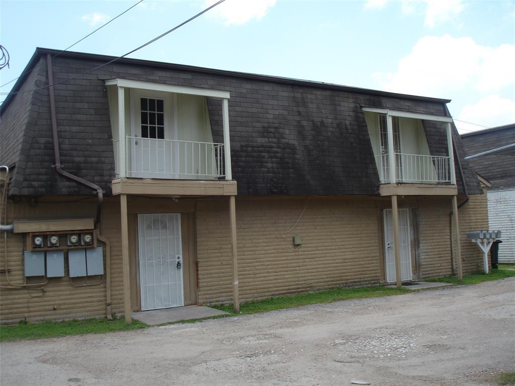 12084 Beechnut Street, Houston, TX 77072