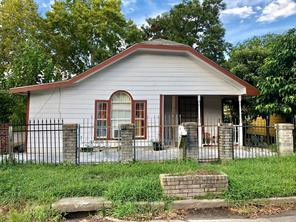 7101 avenue p, houston, TX 77011