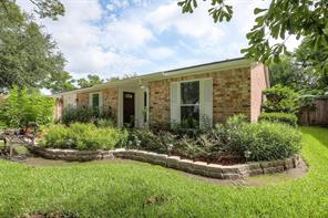 16819 Forest Bend, Friendswood, TX, 77546
