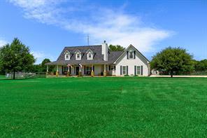 8434 Rolling Oaks Dr, Montgomery, TX 77356