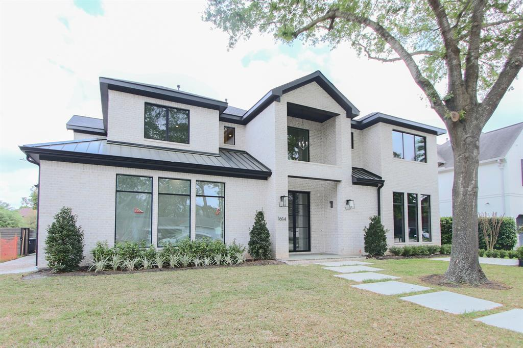 1614 Pine Chase Drive, Houston, TX 77055