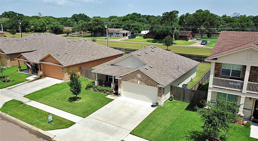 215 Cobble Stone Court, Victoria, TX 77904