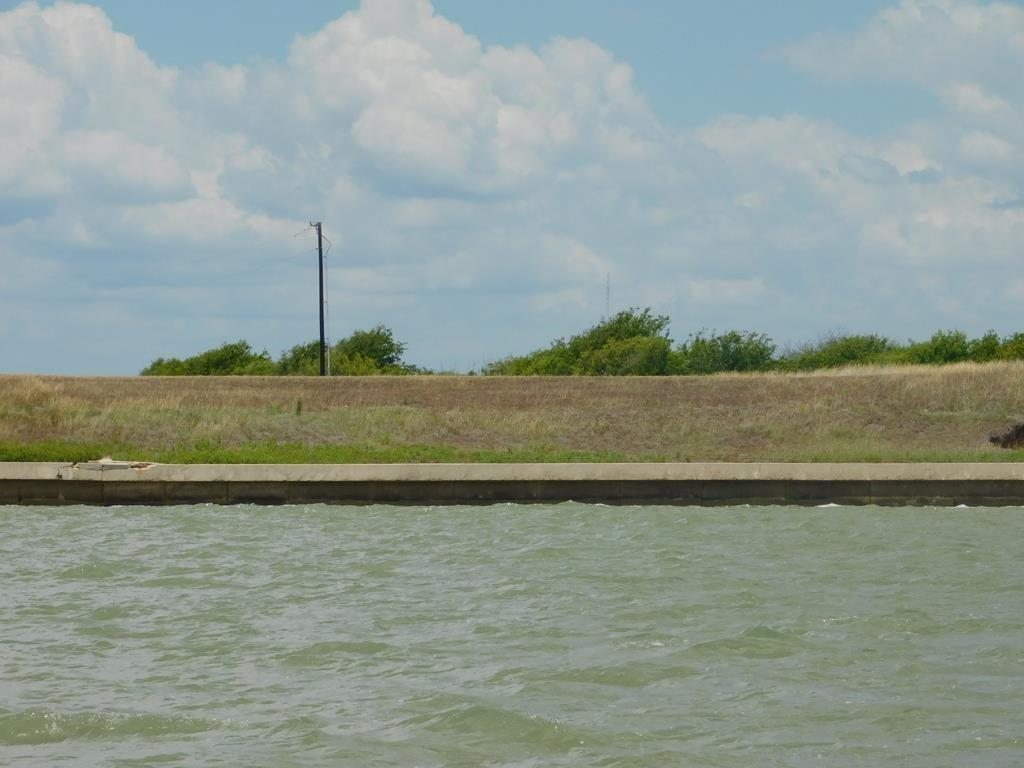 Lot 13 Red Snapper Dr, Port Lavaca, TX 77979