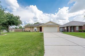 7903 Woodland Oaks, Houston TX 77040