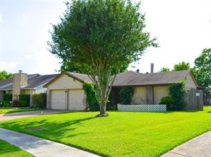 17326 Candela, Houston TX 77083