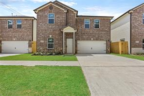 201 Danna Lane B, Houston, TX 77009