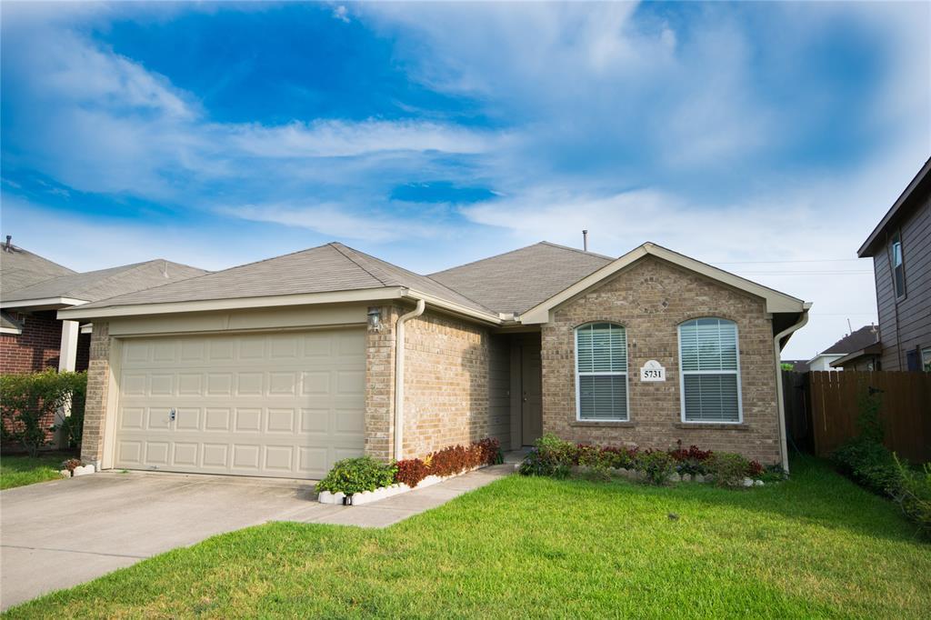 5731 Roseglen Meadow Lane, Houston, TX 77085