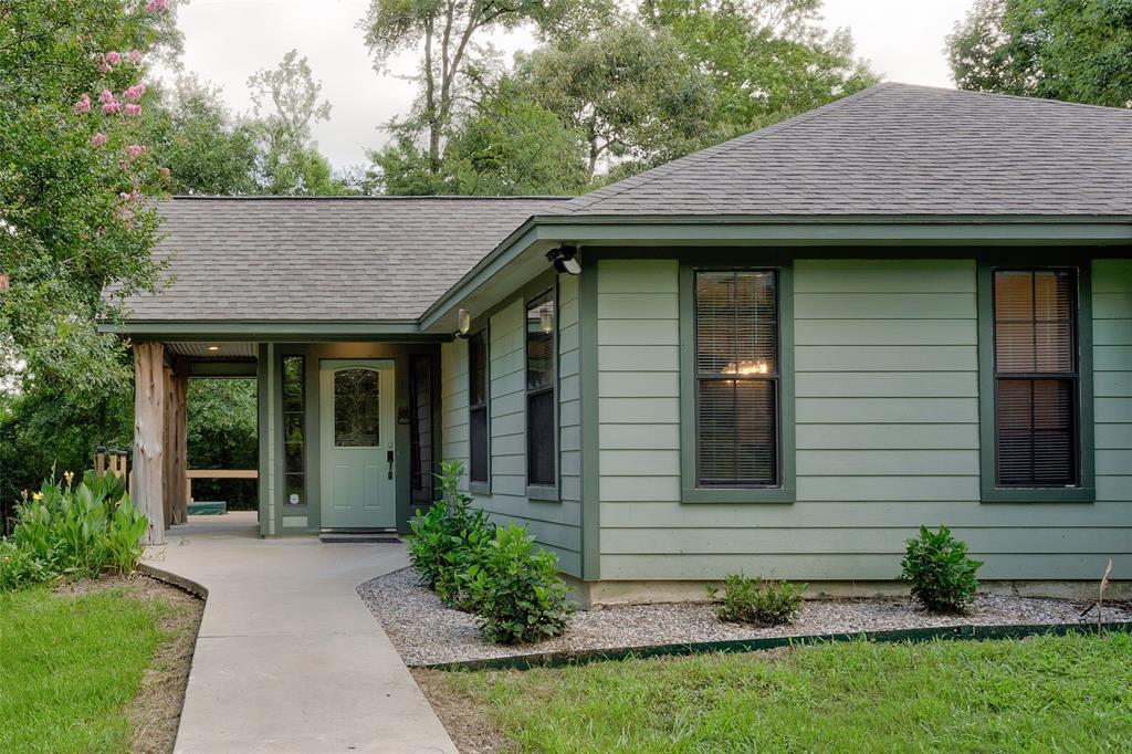 12104 Huckleberry Drive, Plantersville, TX 77363