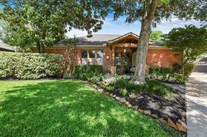 9101 Hilldale, Spring Valley Village TX 77055