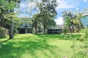 410 Clear Lake Road, Clear Lake Shores, TX 77565