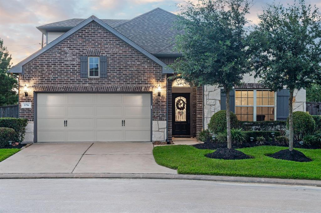 176 Castlegate Lane, Houston, TX 77065
