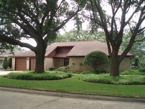 106 Larkspur, Alvin, TX, 77511