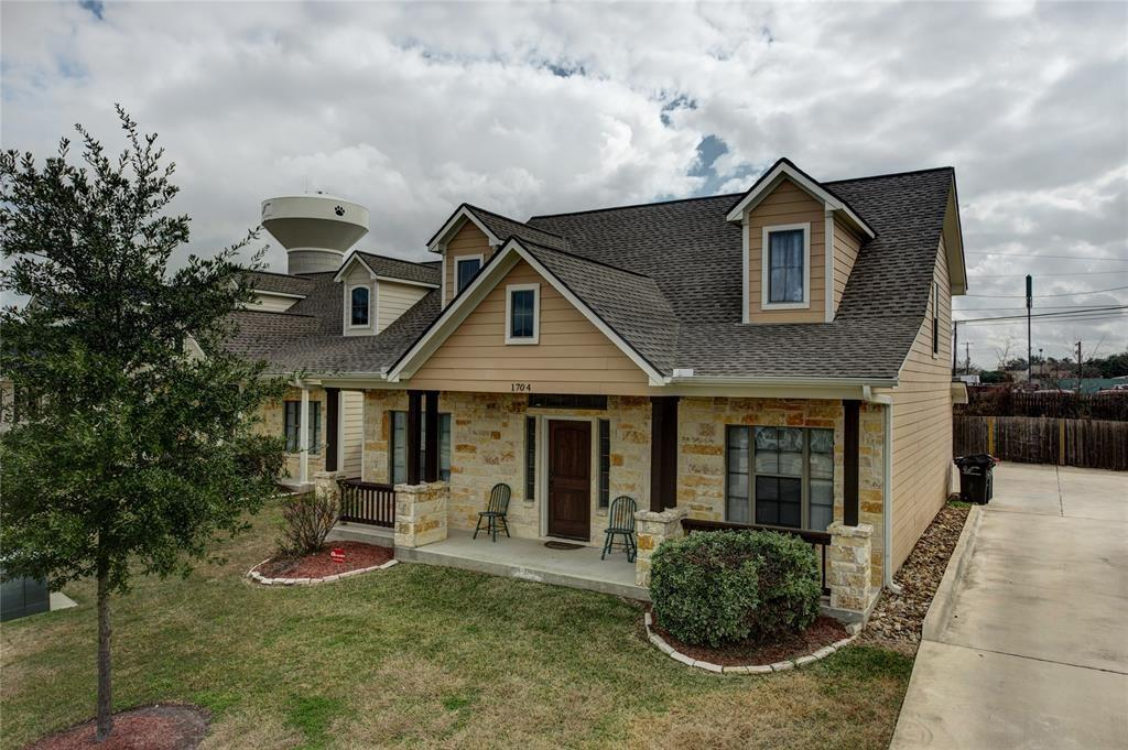 1704 Boardwalk Court, College Station, TX 77840