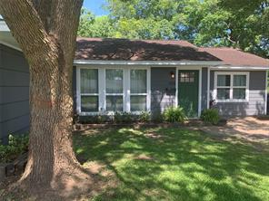 104 Ringgold, West Columbia TX 77486