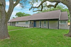 9203 braes bayou drive, houston, TX 77074