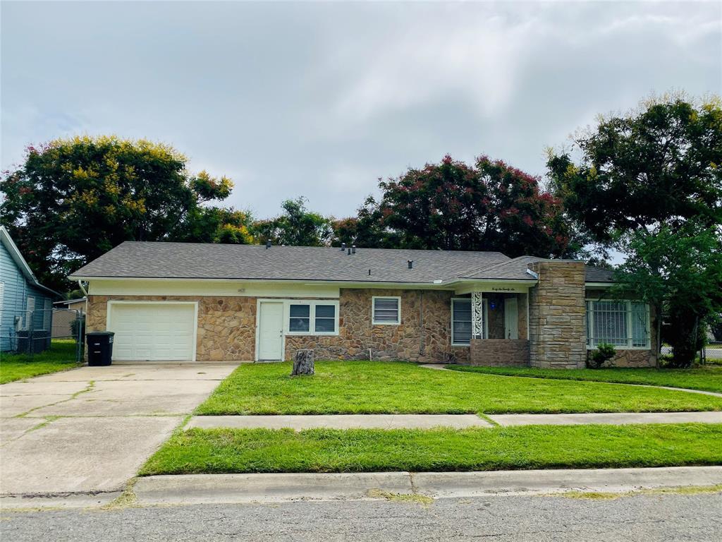 4226 Dinn Street, Corpus Christi, TX 78415