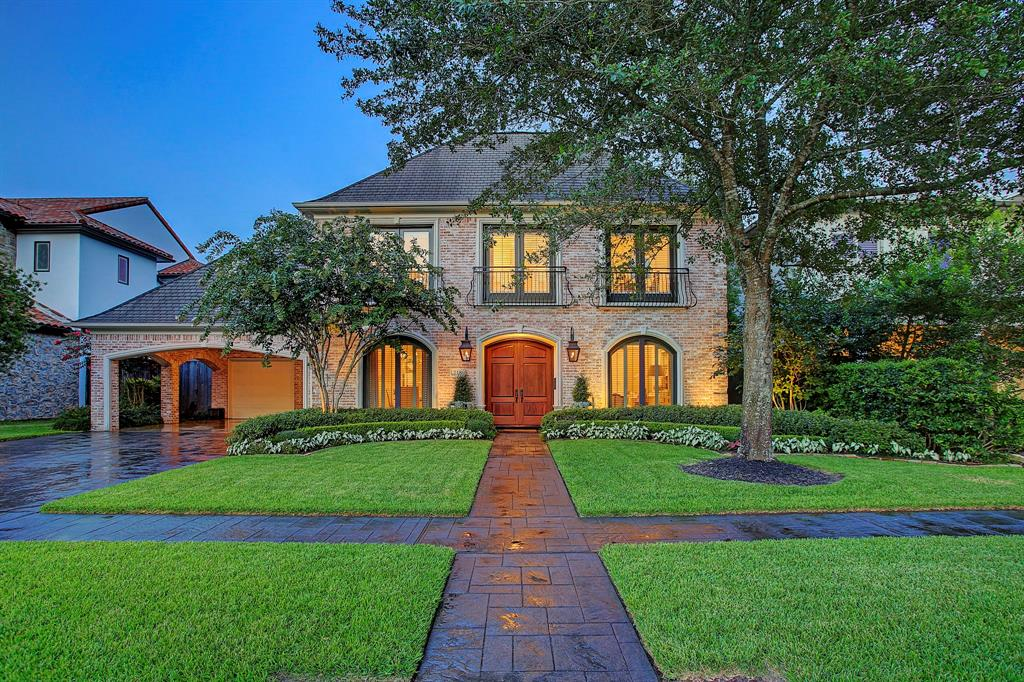 218 Crestwood Drive, Houston, TX 77007