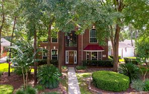 150 W Sterling Pond Circle, The Woodlands, TX 77382