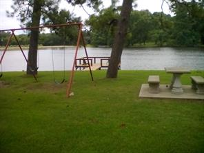 1572 E Pine Lake Circle, Montgomery, TX 77316